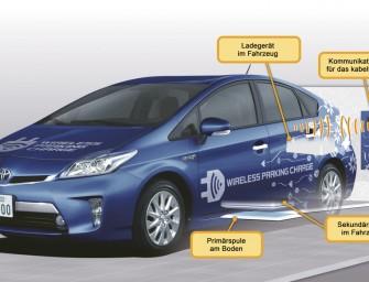 Toyota testet kabellose Ladetechnik für Elektrofahrzeuge