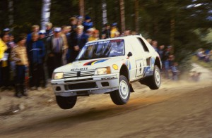 002 - WRC 1984. 1000 Lacs. Vatanen/Harryman. Peugeot 205 Turbo 16. Vainqueur
