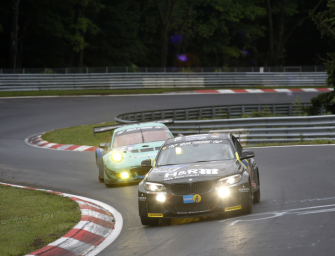BMW Teams erleben Höhen und Tiefen bei 24h-Premiere des neuen BMW M6 GT3